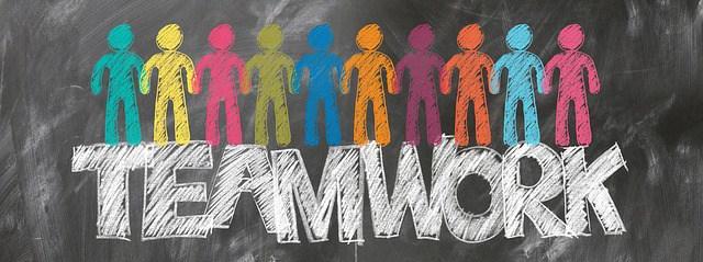 teamwork-2499638_640.jpg